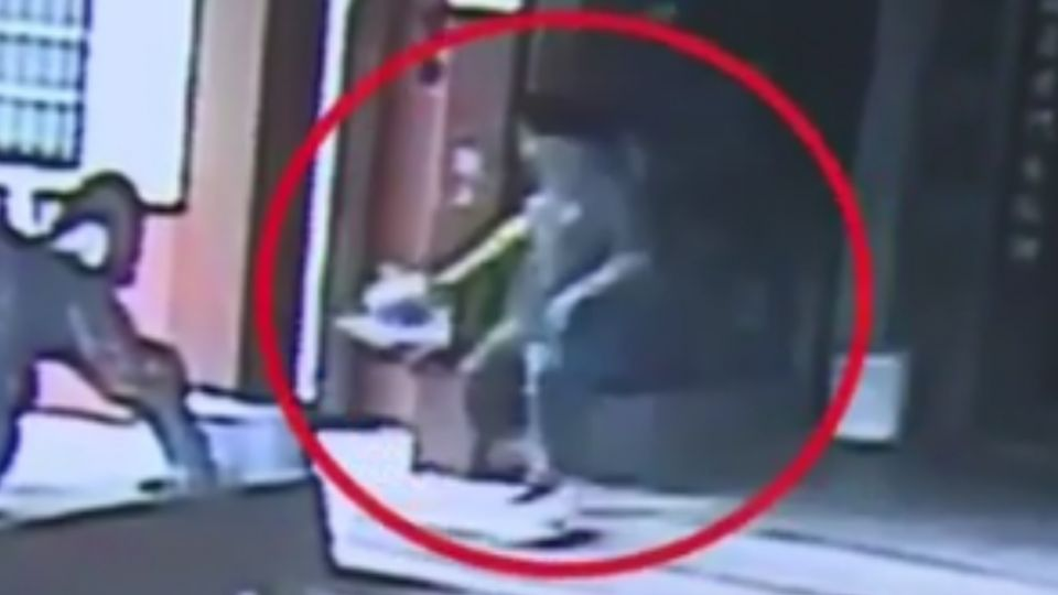 男「撥鏡頭」偷5金爐 「隱藏版監視器」全都錄