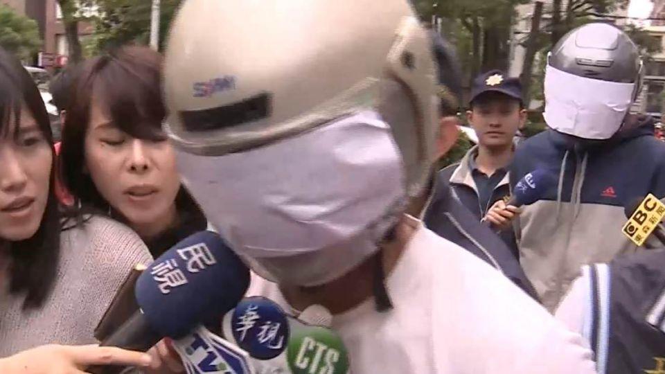 【影音】弒母少年落淚懺悔?律師卻說不會判死刑