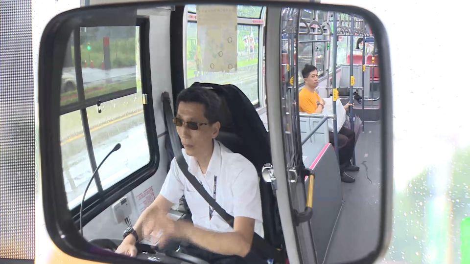 公車失控難防! 最怕偷帶利器 扒手、色狼出沒