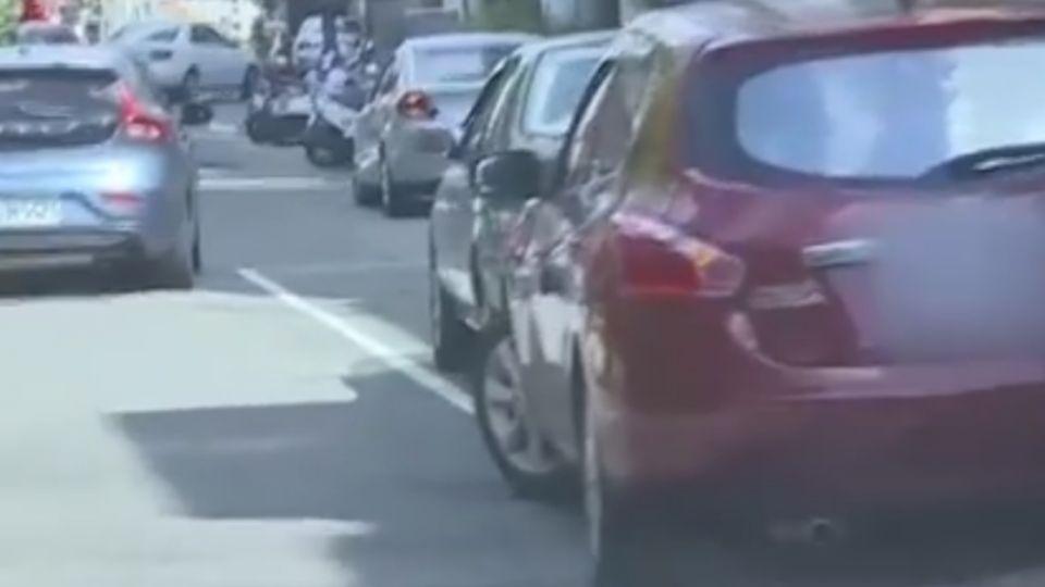 開車最沒公德行為?民眾:轉彎不打方向燈