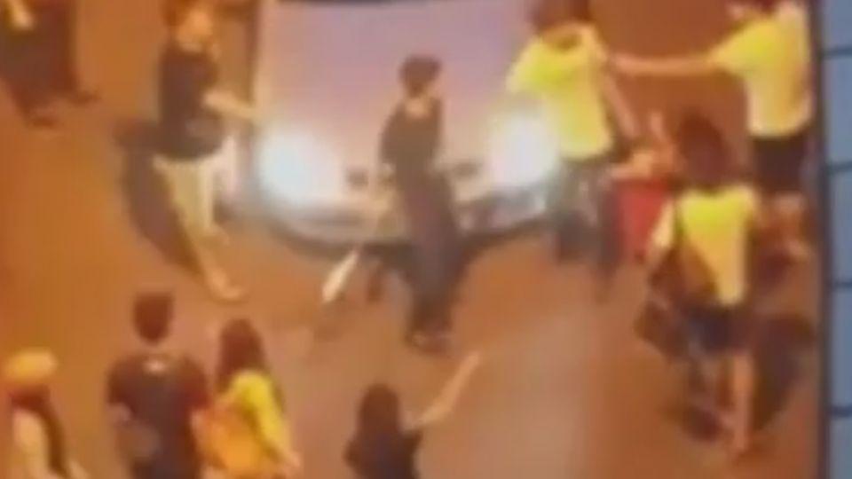 KTV「看一眼」爆口角 澎湖上演街頭大亂鬥