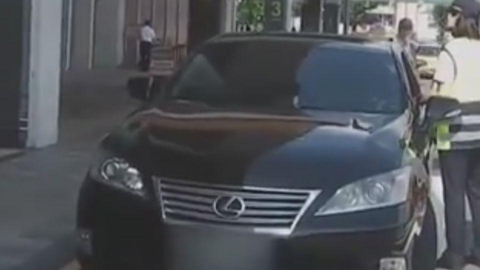 北市Uber大執法 松山機場當場查獲2件違規