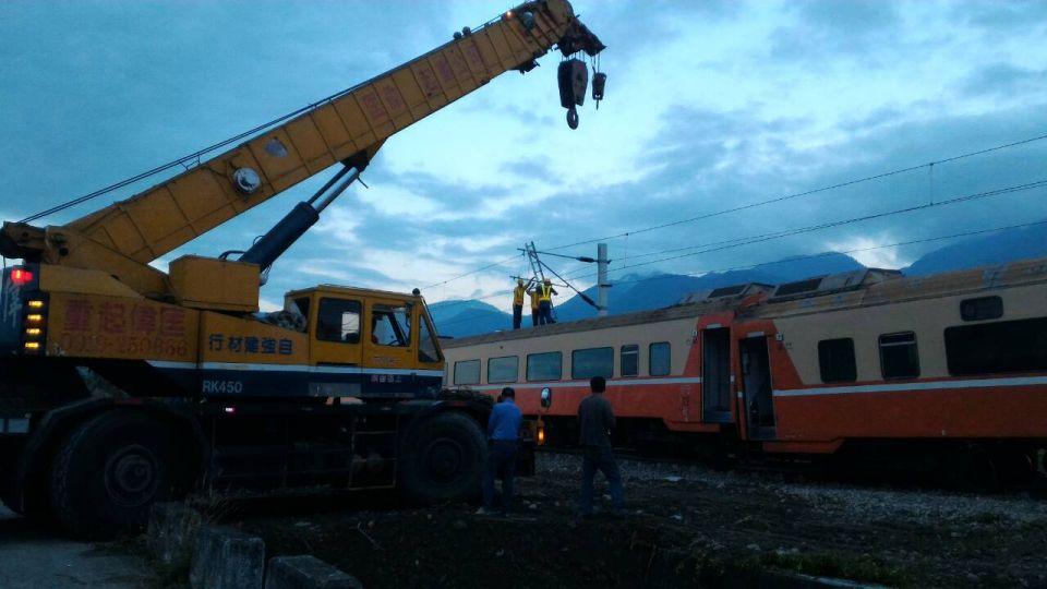 出軌段明晨才能修復!搭乘台鐵花東線請留意
