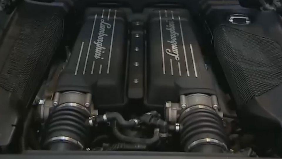 「引擎後置、行李箱在車頭」 超跑難駕馭