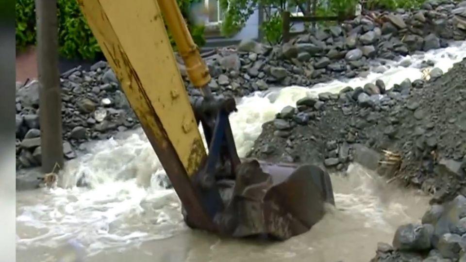 颱風天強行登山 中市首創向登山客收「搜救費」
