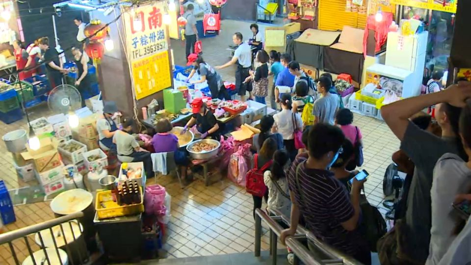 端午節前夕 排隊1.5小時買肉粽
