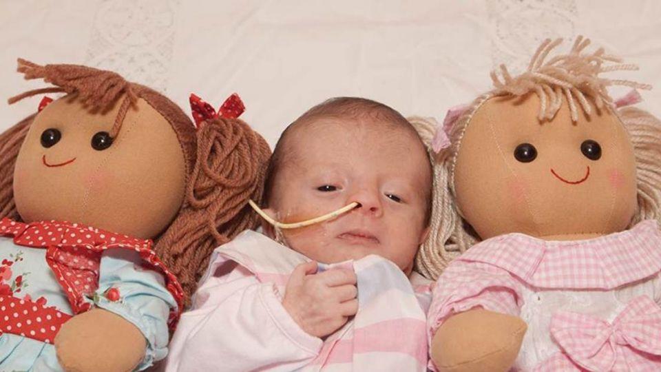 媽媽的眼淚!全球協尋「布娃娃」盼一家團圓