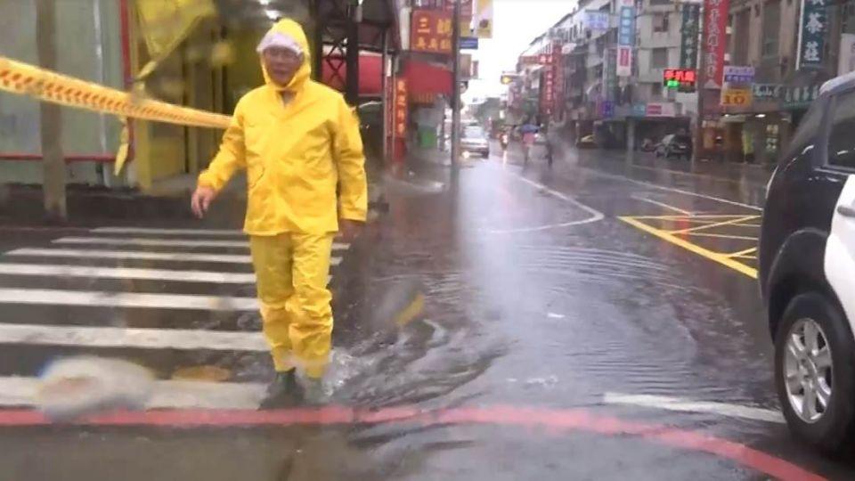8縣市大雨特報!端午連假半個台灣在「大雨」中收心