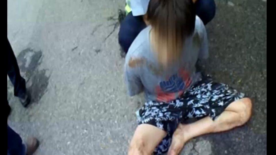 毒犯拒捕還想衝撞警車 警開槍逮捕