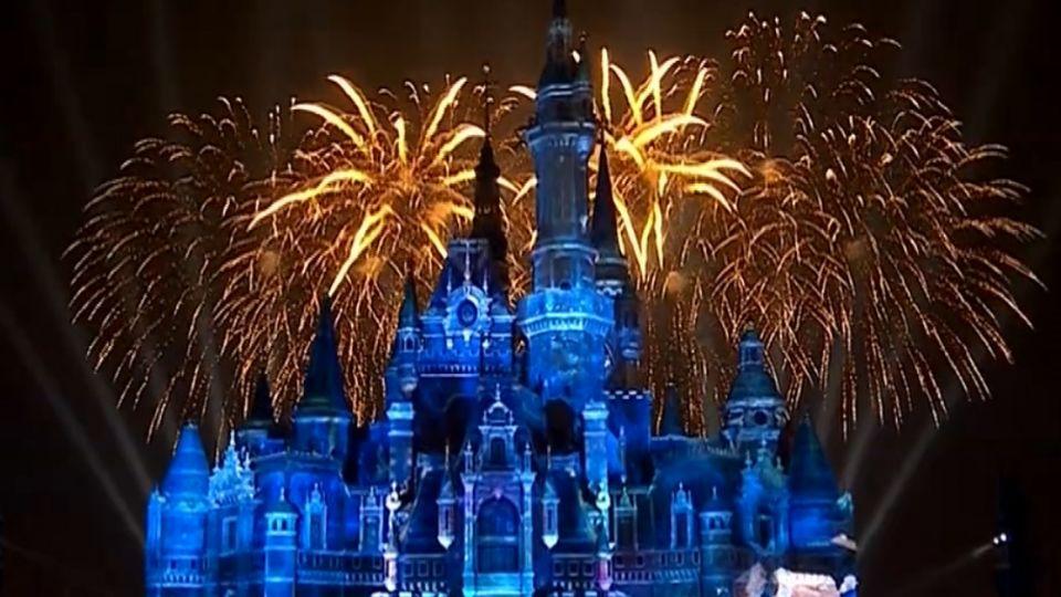 迪士尼開幕盛典 眾星雲集重現經典