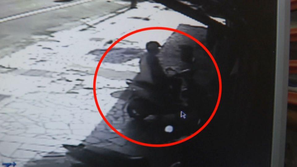 花蓮3秒偷竊快手 無視被害人偷2提包