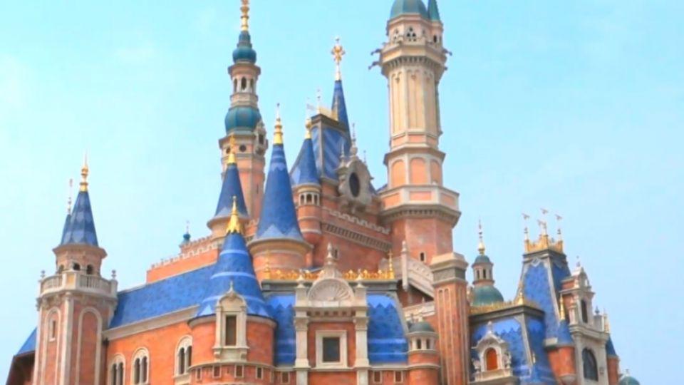 城堡閃耀台灣之光  夢想「落滬」迪士尼