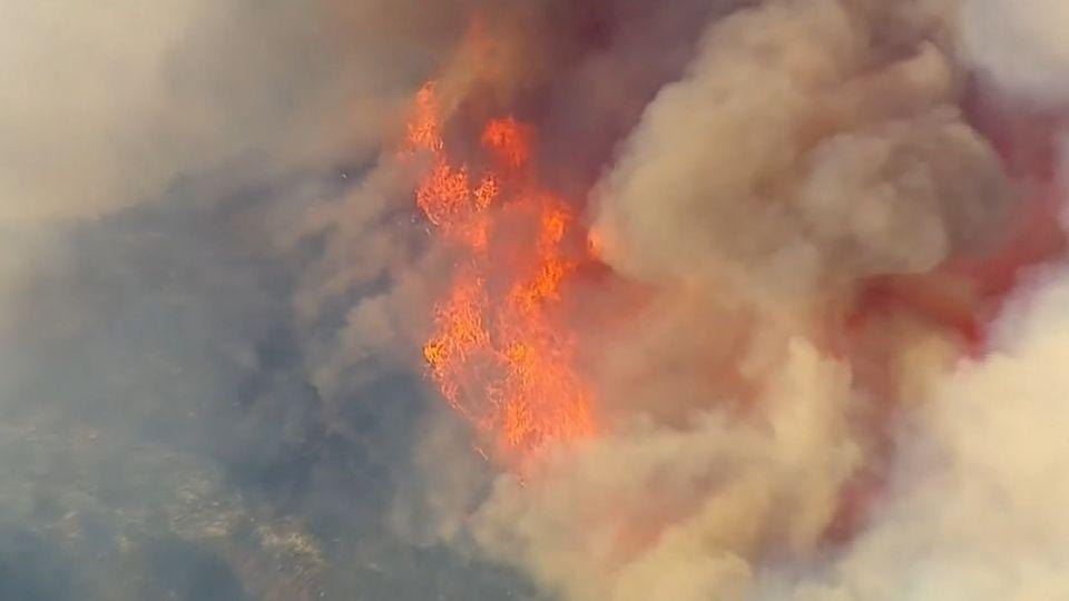 南加州聖蓋博野火延燒 華人社區強制撤離