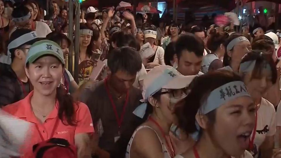 【不斷更新】21:35空姐笑了!台灣「最美」罷工結束 逆轉事件簿