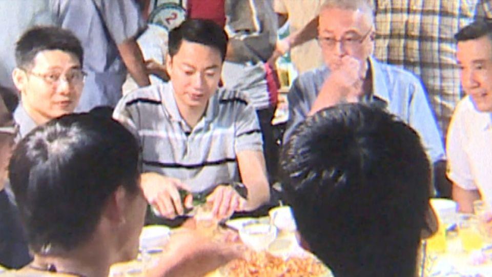 前總統馬英九在熱炒店吃飯?民眾瘋拍照