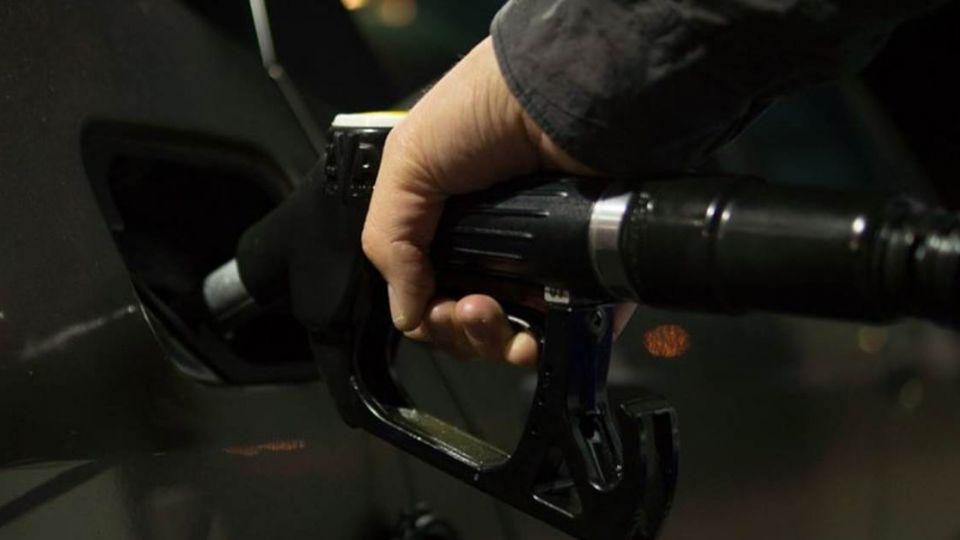 台北‧宜蘭來回 還車要加多少油?網友2字神解