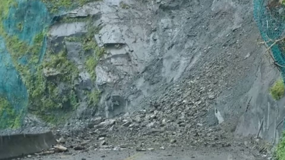 蘇花公路漢本段危險巨岩 工務單位「爆破解危」
