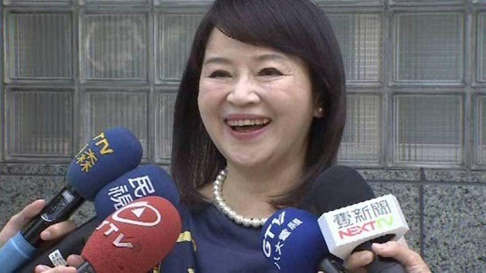 爆料國民黨收頂新2億獻金 周玉蔻勝訴「免賠」!
