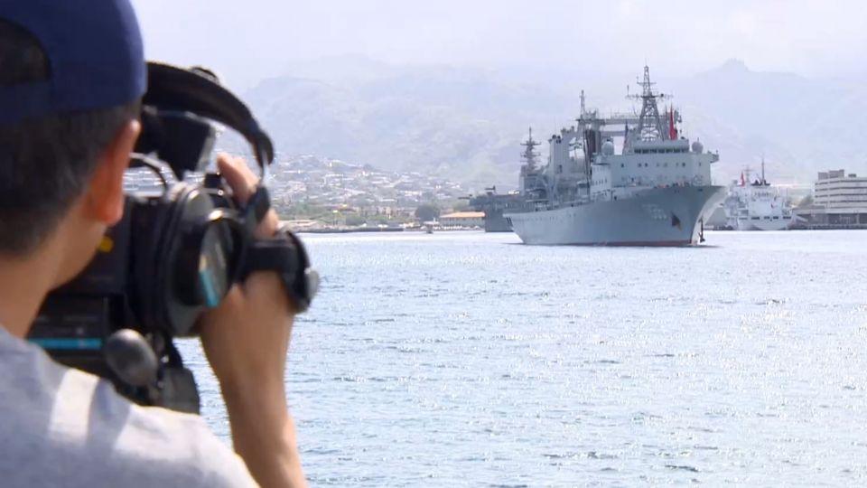 我新購入「派里級」巡防艦 在環太淪靶船
