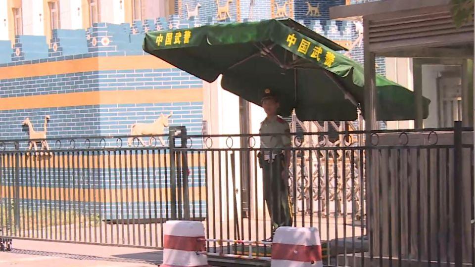 防民眾抗議! 陸增派警力 護菲駐北京使館