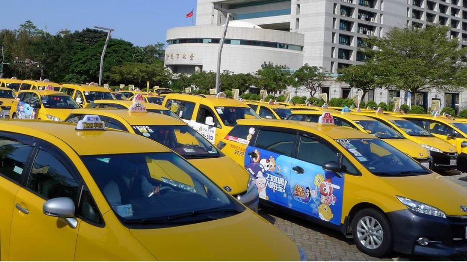 被惹毛了?小黃運將釀「假車禍癱瘓台北城」!