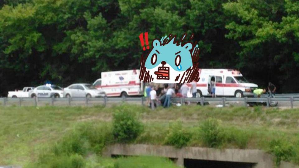 機車騎士送醫不治 車禍現場他拍下「靈魂出竅」