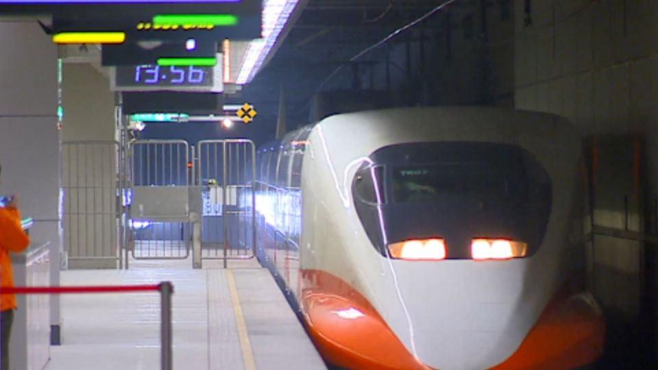 勞工禁連上7天班 台鐵客運將大減班