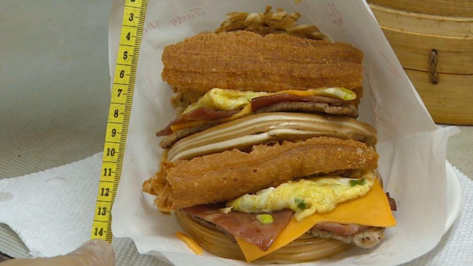 中西早餐搶客! 饅頭夾料14公分 法式吐司大份量