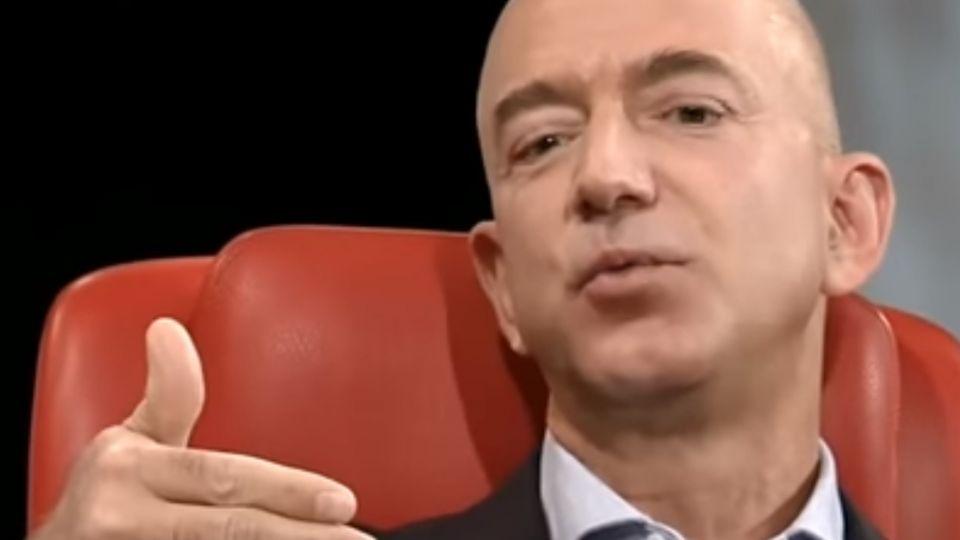 亞馬遜富豪創辦人 客串「星際」排場超大
