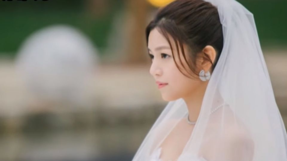 飄洋過海來嫁你! 陳妍希穿白紗搭船嫁陳曉