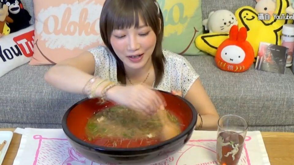 日大胃美女吃台灣麵線 嗑光10人份讚「歐伊喜」