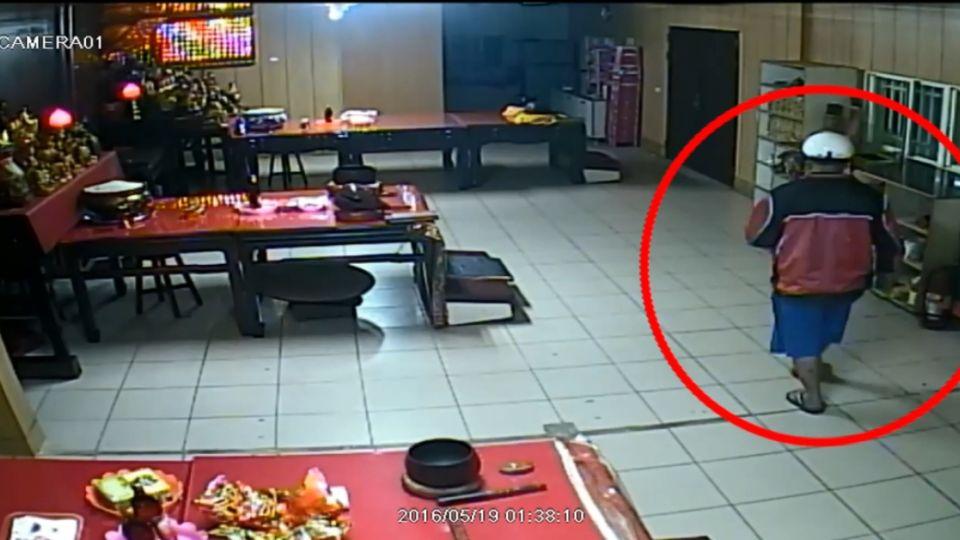 竊盜首腦拒捕 抓傷女警還嗆「她自摔」