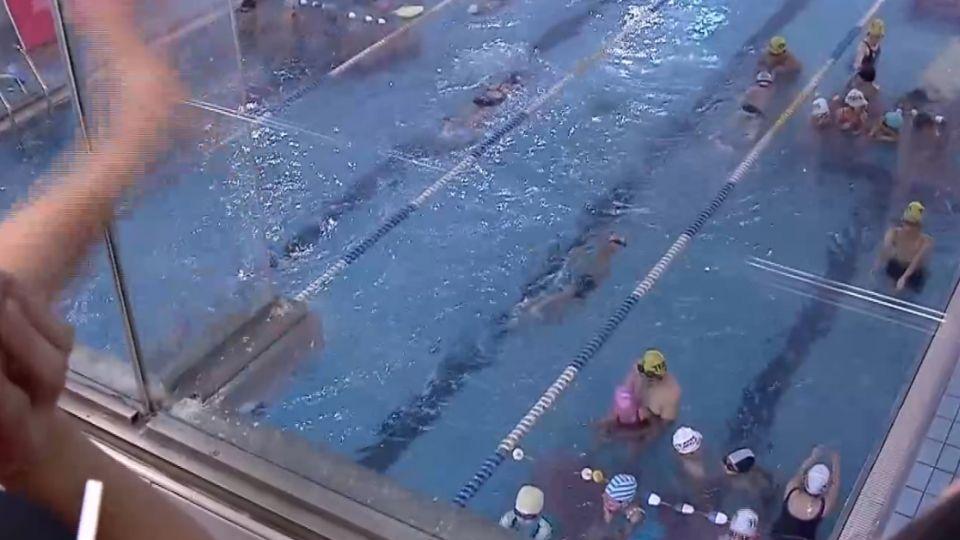 女童泳課遭男童打到溺水 家長控YMCA無救生員
