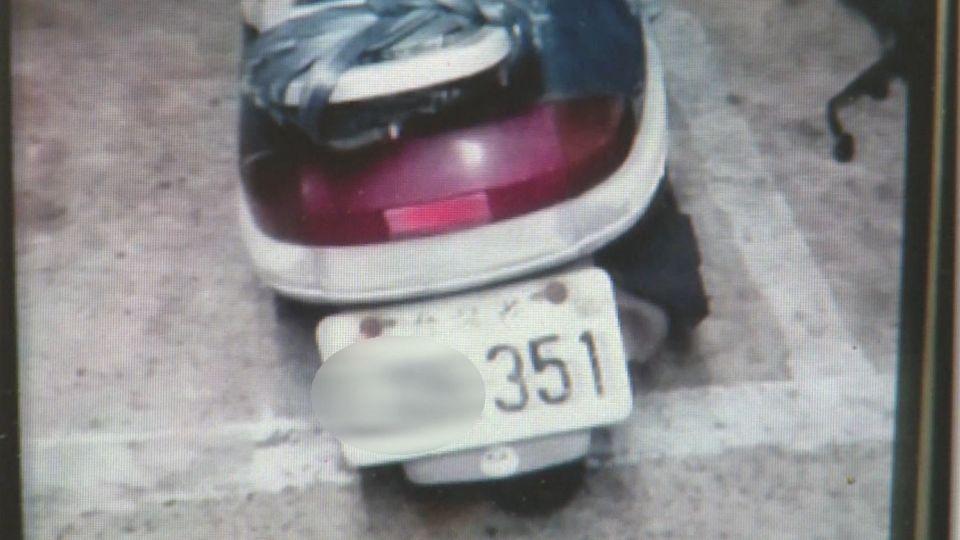車牌都有「351」 婦人認錯車還騎回家
