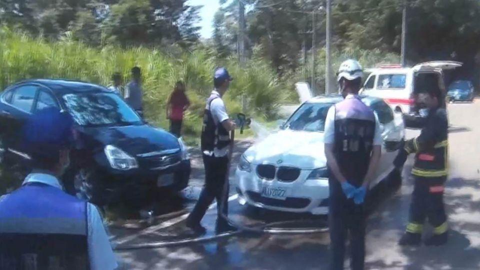 不捨車窗錢?BMW婦誤鎖6月嬰車內1小時 堅持不破窗!