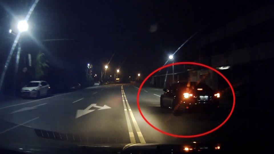 他連闖紅燈 警未罰還開道 闖16紅燈送嬰急診