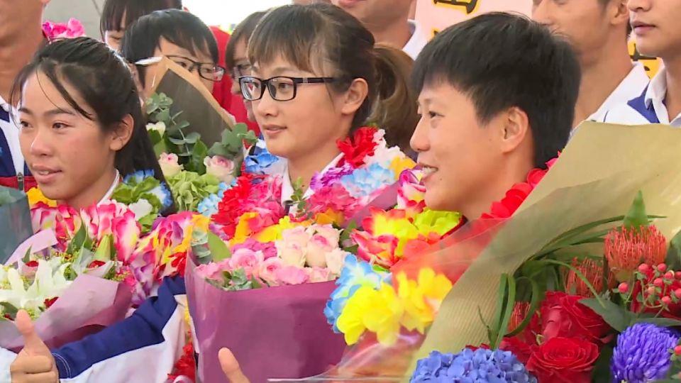 台灣女子射箭銅牌隊凱歸 譚雅婷感性落淚