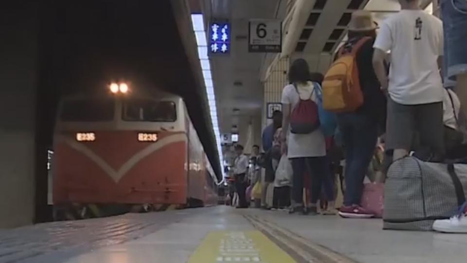 台鐵秋節增203班 駕駛不滿未協商就排班嗆休假