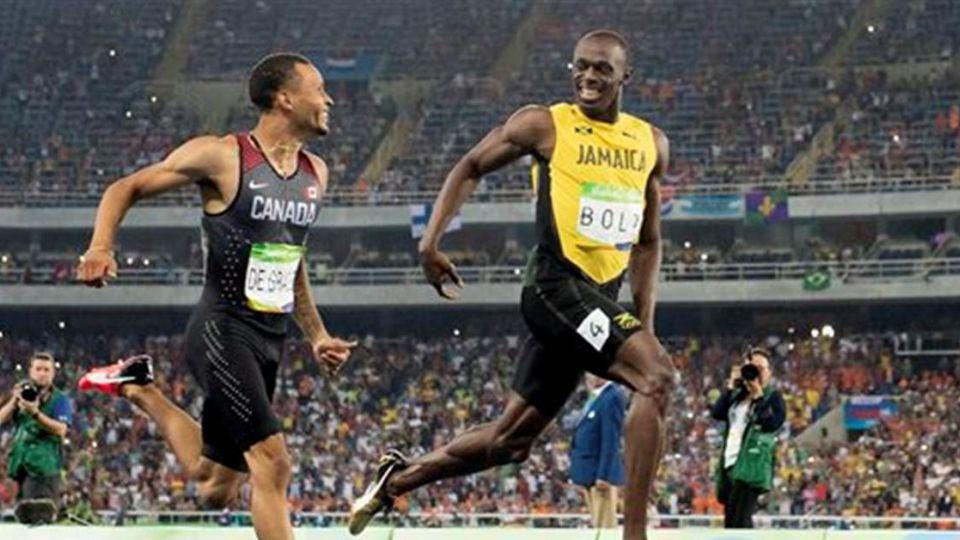 就是狂!波特撇頭看對手 輕鬆闖進200公尺決賽