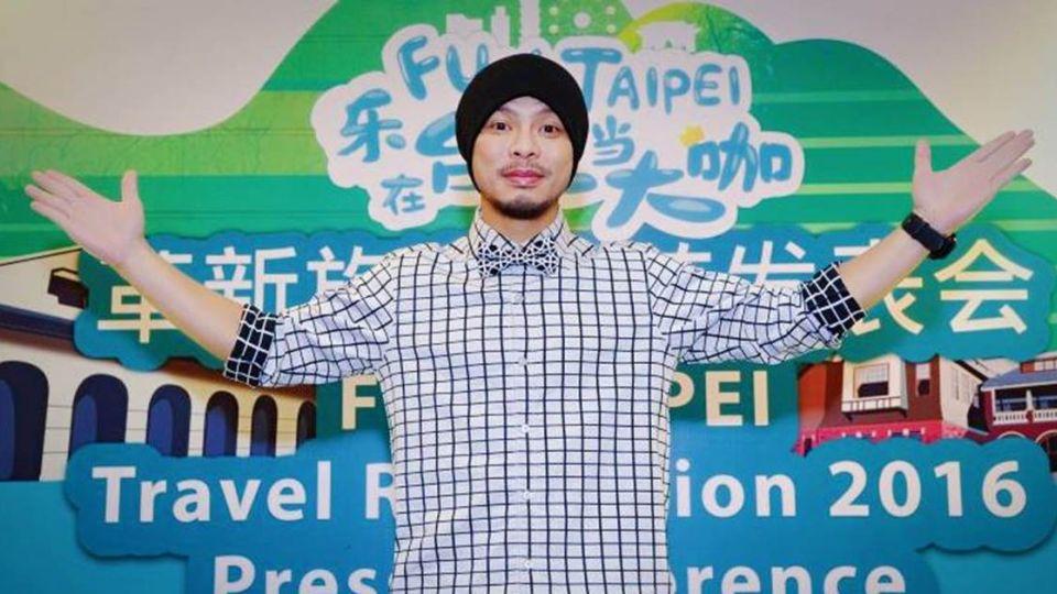 歌手黃明志馬來西亞機場遭捕 罪名「褻瀆侮辱清真寺」