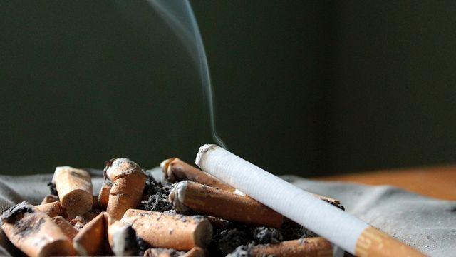 菸品將比便當貴?衛福部擬推菸漲25元
