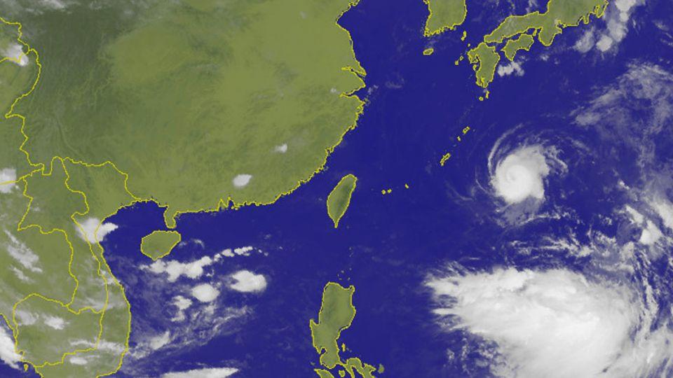 關島熱低壓形成 氣象局:不排除發展為輕颱