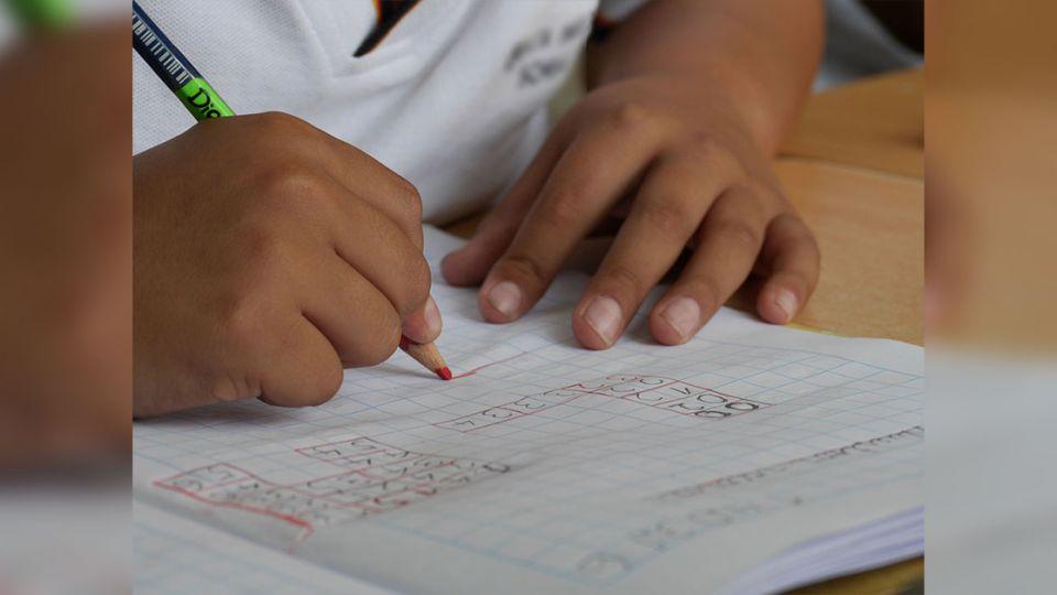 暑假作業沒寫完挨罵 11歲男童半夜跳樓輕生