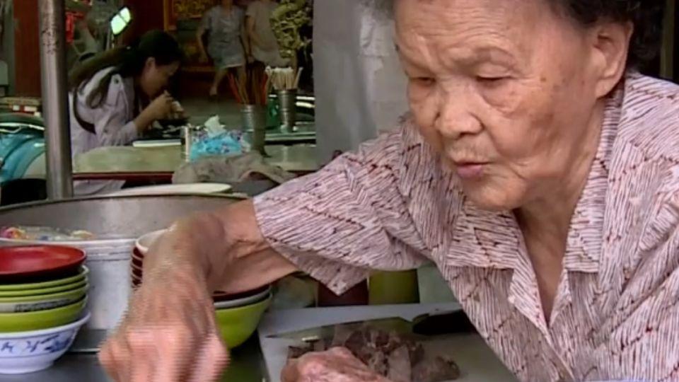 米粉湯奶奶四萬遭竊 竟是洗碗工母親犯案