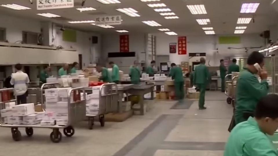 中秋節商機大 宅配量爆增忙翻