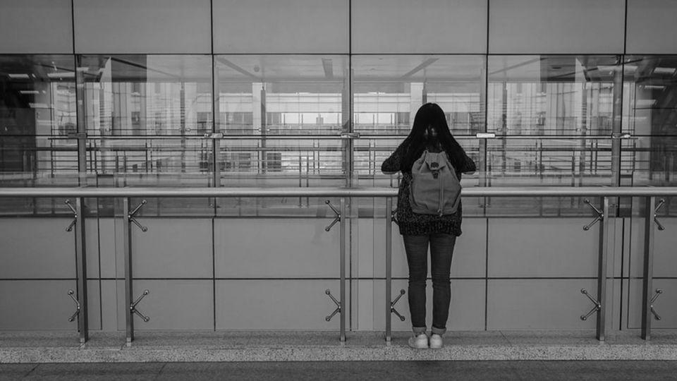 (更新)恐怖!國三女學生遭強灌不明藥丸 鬧區遭擄1小時