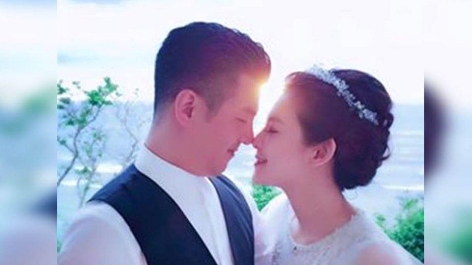 林若亞關島結婚照曝光「我們很幸福」磨鼻曬恩愛