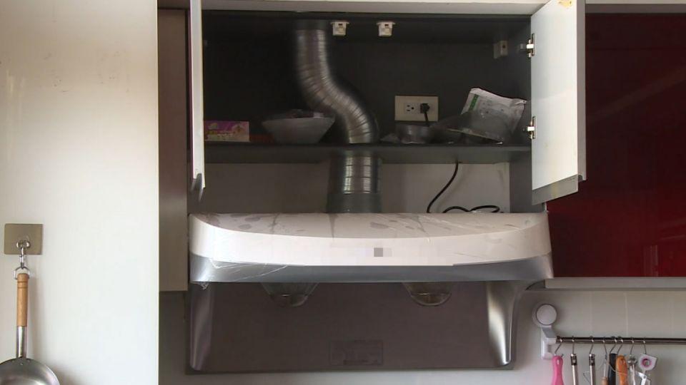 排油煙管未連通室外 婦控廚具廠商安裝瑕疵