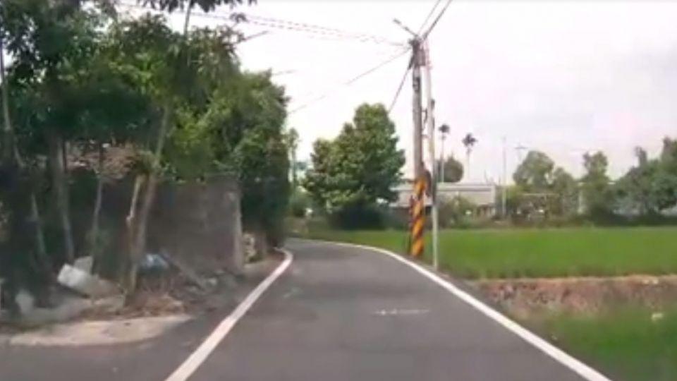警員vs.巡佐開車「壓馬路」爆口角 影片外洩署長臉書