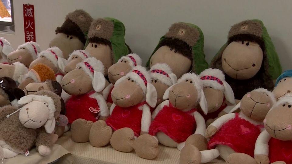 觀光景點賣仿冒品! 冒充歐洲知名絨毛玩偶